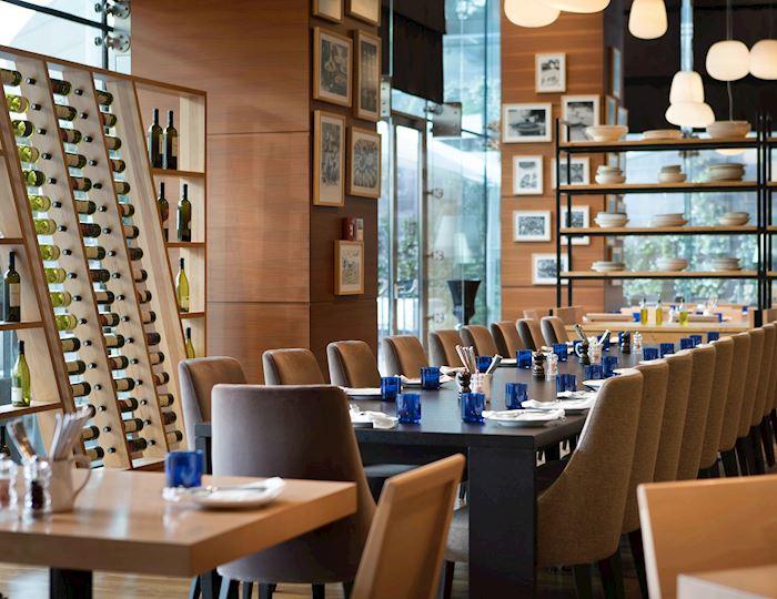 Gastronomik yorumları lezzetli şaraplar ile The Dish Room'da deneyimleyin